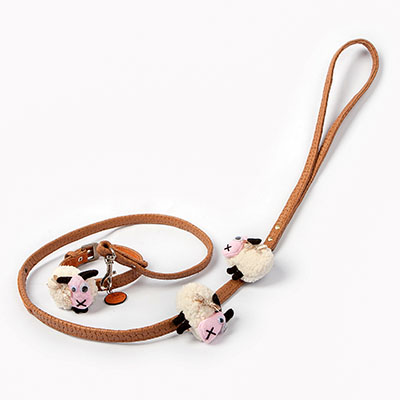 Lucky Sheep Leash2